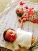 Dutch & Olivia meet at 5 weeks old