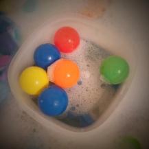 Floating Ball Toss